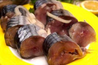 Скумбрия по вкусу, как красная рыба: секретный маринад